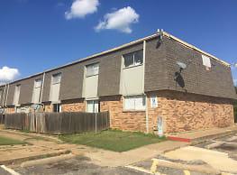 Sandy Oaks - Fort Worth