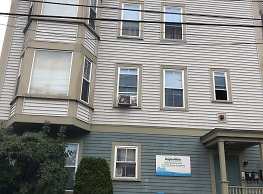 Constitution Hill Apartments - Woonsocket