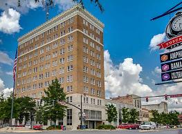 The Tower Luxury Apartments - Tuscaloosa