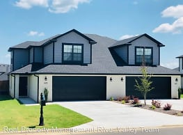 3 br, 2 bath House - 9803 Mylea Circle, Lot 34 Rig - Fort Smith