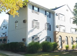 Timbers/Pinecrest Apartments - Broadview Heights