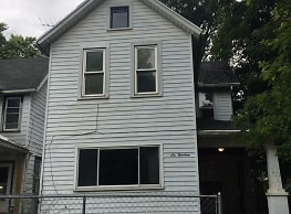 614 Sherman Ave - Springfield
