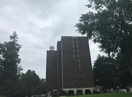 Cedarbrook Park Apartments - Plainfield