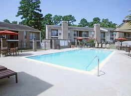 Rolling Brook Apartments - Huntsville