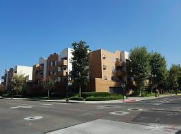 Garden Court Apartments - Santa Ana