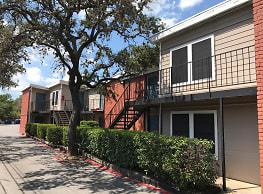 Arya Apartments - Austin
