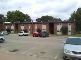 Cedar Oaks Apartments - Stillwater