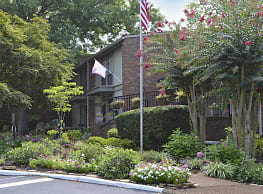 West Towne Manor - Knoxville