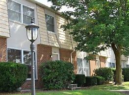 Woodland Park Apartments - Williamsport