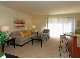 Stone Ridge Apartments and Townhomes - Hagerstown