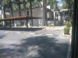 Westpointe Apartments - Stockton