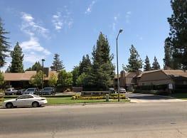 River Park Place - Fresno