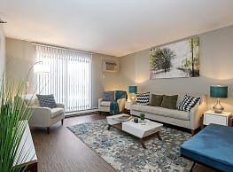 Twelve 501 Apartments - Burnsville