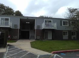 Hopewell Manor Apartments - Hagerstown