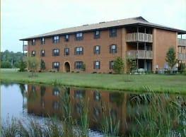 Emerald Lake Apartments - Elizabeth City