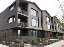 Range Apartments - Bend