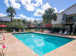 Silversmith Creek Apartment Homes - Jacksonville