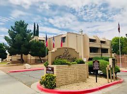 La Estancia - El Paso