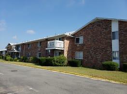 Covert Ave Apartments - Lindenhurst