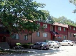 Ebonhurst Apartments - Allison Park