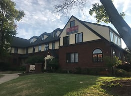 The Manor - East Lansing