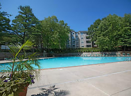 Bright Meadows Townhomes & Apartments - Owings Mills