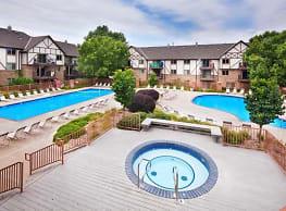 Thomasville by Broadmoor - Omaha