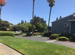 Logan Park Apartments - Sacramento