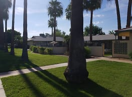 Oak Plaza Apts. - Phoenix