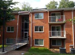 Stony Brook Apartments - Alexandria