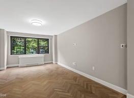 1 br, 1 bath Apartment - 305 E 86th St - New York