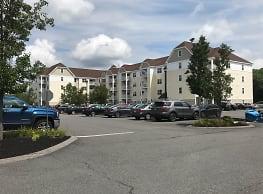 Edgewood Apartments - Plainville