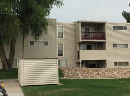 Willows Apartments - Greeley