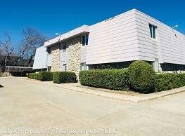 1 br, 1 bath House - 6030 Northwest Expressway Uni - Oklahoma City