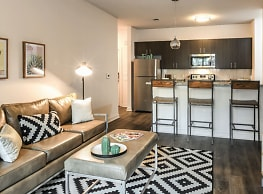 Halo 46- Per Bed Lease - Tampa