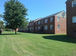 University Falls Apartments - Norman