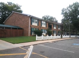 Laurel Hill Apartments - Shelby
