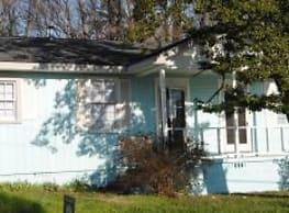 403 Rogers Lake Rd - Kannapolis