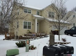 Totally Updated 2 BR 1 BA Garden Level Unit - Prior Lake