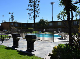 Glen Forest Apartments - Anaheim