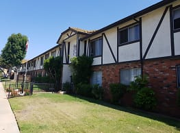 Essex Manor Apartments - National City