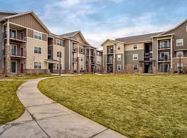 Bucking Horse Apartments - Fort Collins