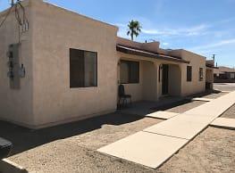Adobe Oasis Apartments - Yuma