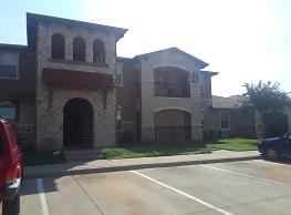 Cimarron Springs Apartments - Cleburne