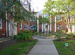 The Westmoreland - Shaker Heights