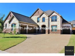 Stunning 2-Story Executive 3/2.5.5/3 with Attached - Rowlett