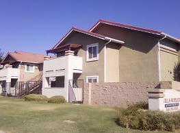 Villa Robles Apartments - Porterville