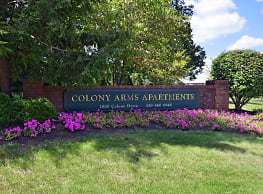 Colony Arms - Audubon