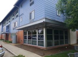 2424 Sakowitz Apartments - Houston