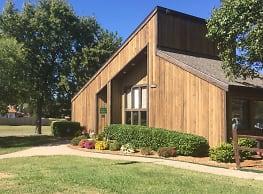 Willow Creek - Wichita